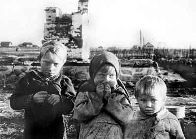 Название: дети у разрушен&#1.jpg Просмотров: 3992  Размер: 22.4 Кб